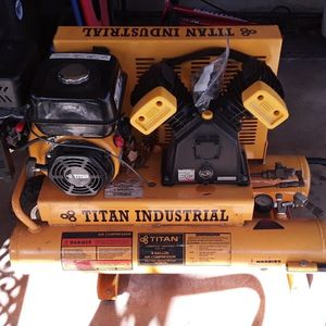 Gas Powered Air Compressor for Sale in Grapevine, TX