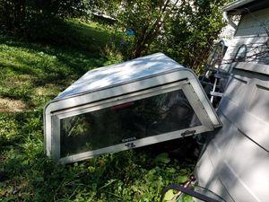 Pick up truck camper! for Sale in Elgin, IL
