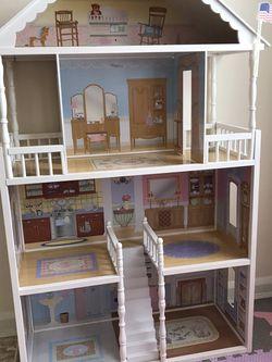 Doll House for Sale in Arlington,  VA