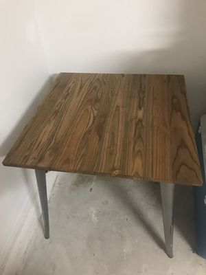 Dining table with chairs FOR SALE for Sale in Orlando, FL