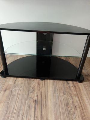 Ashley TV stand for Sale in Glendale Heights, IL