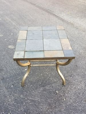 End table for Sale in Melrose Park, IL