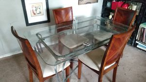 Dining room table and 4 chairs for Sale in Atlanta, GA