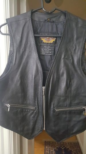 Womens leather motorcycle vest size M. Authentic Harley Davidson for Sale in Portland, OR