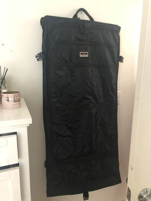 Tumi garment bag for Sale in Los Angeles, CA