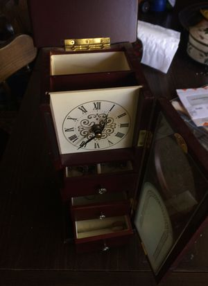 Antique jewelry box for Sale in Saint Ann, MO