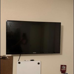 32 Inch Samsung Tv for Sale in Tampa, FL