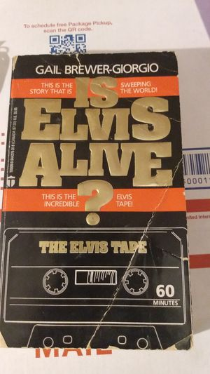 Is Elvis alive by Gail Brewer Giorgio book poor condition for Sale in New Milford, CT