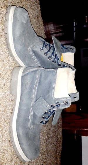 NAVY BLUE TIMBS SIZE 10 80$ FIRM FIRST COME FIRST SERVE for Sale in PA, US