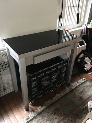 Console/Desk Convertible to Dining Room Table for Sale in New York, NY