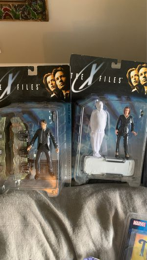 X Files Mulder and Scully for Sale in Miami Beach, FL