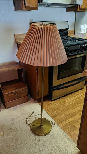 Free Lamp for Sale in Los Angeles, CA