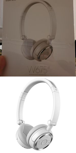 Wireless Headphones - Bluetooth - Foldable with NFC Quick Connect - White for Sale in Houston, TX