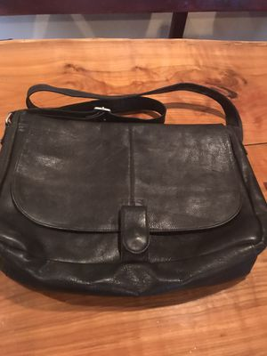 Genuine leather messenger/LAPTOP bag.Soft high quality leather. Black. for Sale in Tempe, AZ