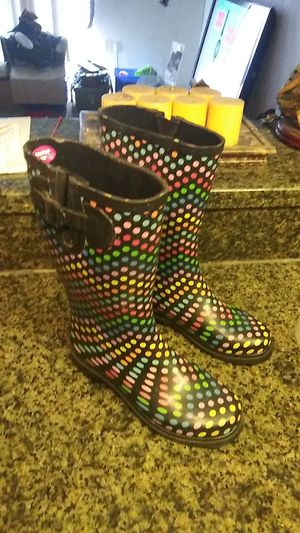Size 8 rain boots very good condition for Sale in Orlando, FL