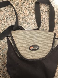Lowepro Camera case - Small for Sale in Chandler,  AZ