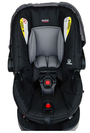 Baby carrier and car base by Britax for Sale in Carson, CA