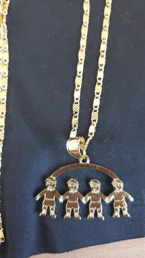 4 boys necklace for Sale in San Clemente, CA