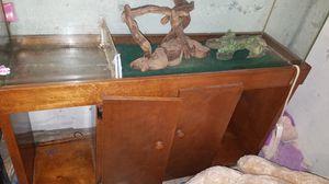Snake/fish tank for Sale in Battle Creek, MI