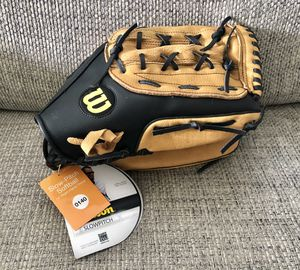 "Wilson A360 Slowpitch Softball 14"" Leather Glove Right Hand Throw Brown/Black for Sale in Fresno, CA"