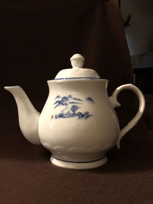 Tea or coffee pot for Sale in Long Beach, CA