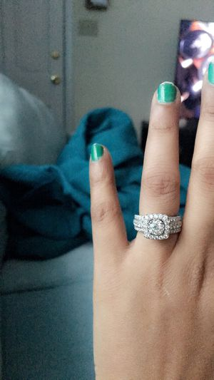 Diamond Ring 2 Ct for Sale in Walnut Creek, CA