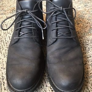 SOREL Mens Chukka Boots - Size 10 for Sale in West Linn, OR