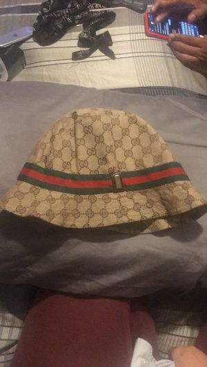 Gucci bucket hat for Sale in Los Angeles, CA