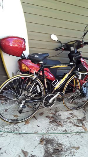 Denai road bike for Sale in Bradenton, FL