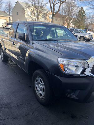 Toyota Tacoma 2013 for Sale in CARPENTERSVLE, IL