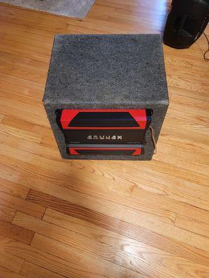 Vendo amplificador crunch y bocina kicker for Sale in Columbia, MD