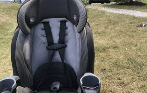 Car seat Evenflo $19 per each and Two available for Sale in Ada, MI