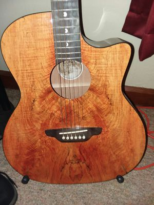 LUNA..Acoustic/Electric for Sale in Leominster, MA