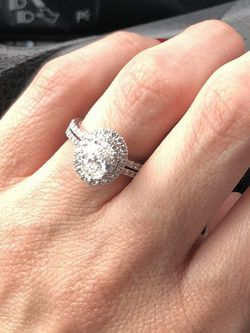 DIAMOND ENGAGEMENT RING-Neil Lane for Sale in Nashville,  TN