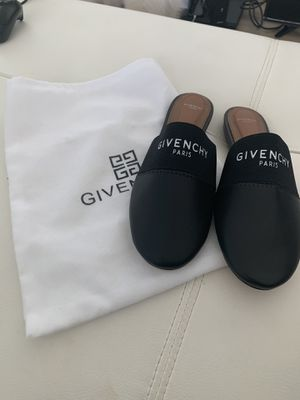 Givenchy Slippers sz 40 for Sale in San Diego, CA