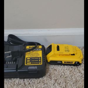 Brand new never used Dewalt battery and charger bateria y cargador$$ 55 firm for Sale in Bakersfield, CA