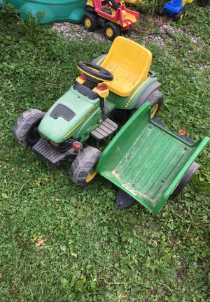 John Deere ride on tractor and trailer for Sale in Indianapolis, IN