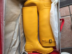 Yellow Hunter Boots for Sale in Cleveland Heights, OH