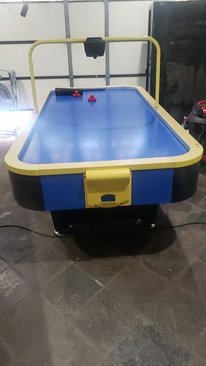 Air hockey table for Sale in Montebello, CA