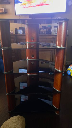 Audio tower for Sale in Tampa, FL