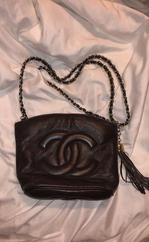 Authentic vintage Chanel brown leather crossbody bag for Sale in Atlanta, GA