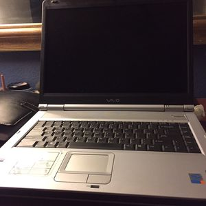 SONY VIO LAPTOP for Sale in North Las Vegas, NV