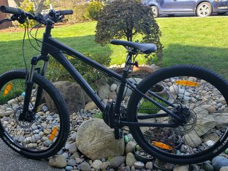 Giant Mountain Bike for Sale in Bothell,  WA