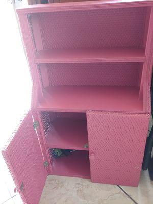 Girls pink wicker shelf for Sale in Gulfport, MS