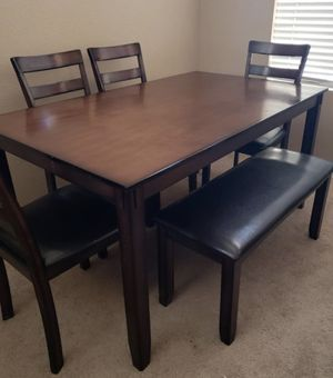 **BRAND NEW** Beautiful dining table for Sale in Phoenix, AZ