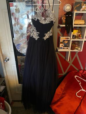 Navy blue prom dress size 2 for Sale in Wantagh, NY