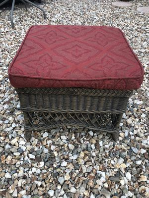 21x21 Outdoor wicker ottoman with cherry red cushion for Sale in Gilbert, AZ