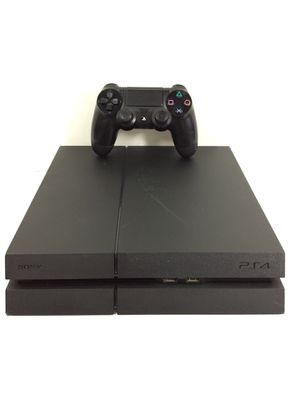 PlayStation 4 PS4 500GB Console with 1 Controller for Sale in Kent, WA