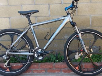 Mountain Bicycle Trek 4300 Series Several Parts New for Sale in La Palma,  CA