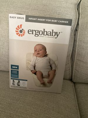 Ergo baby carrier and infant insert for Sale in Pasadena, TX
